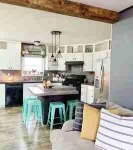 2015 double wide with modern farmhouse decor