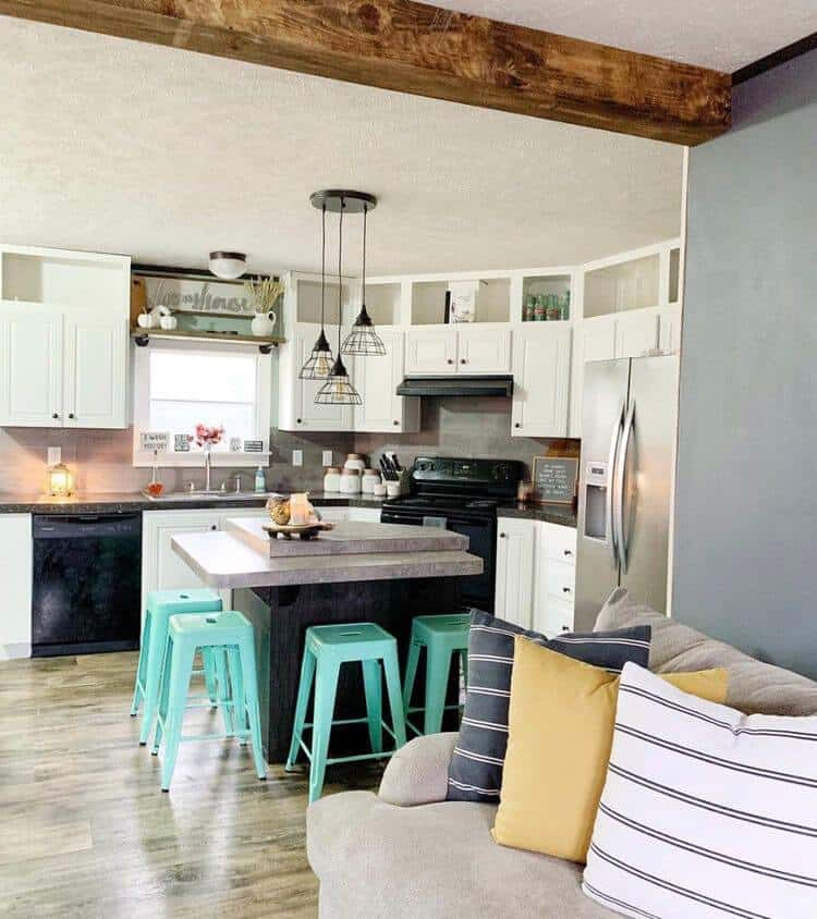 2015 double wide with modern farmhouse decor