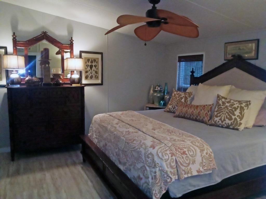 2005 fleetwood double wide remodel bedroom after