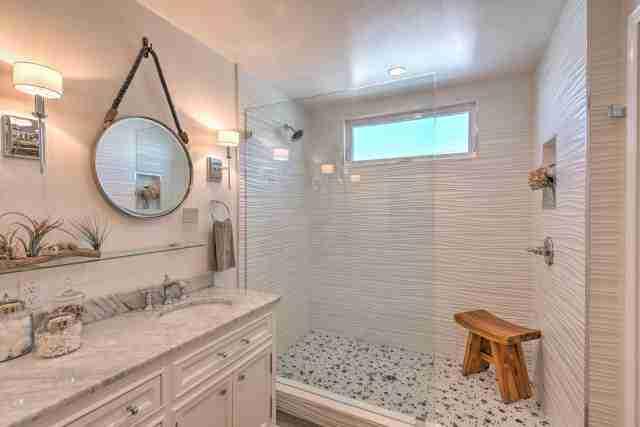 1988 Skyline Double Wide - Complete remodel - Manufactured Home Interior Design -Master Bathroom After Remodel