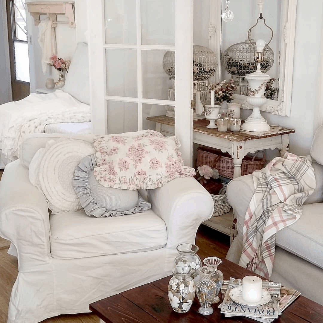 shabby chic style mobile home - living room