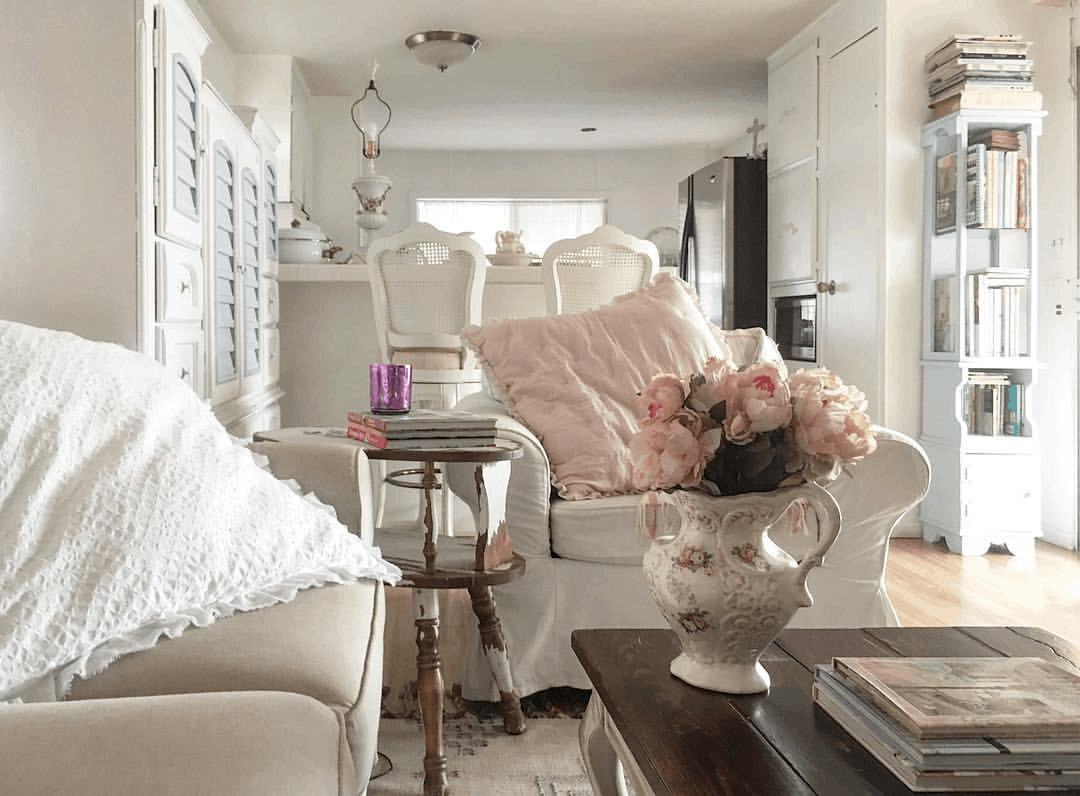 romantic shabby chic mobile home with shabby chic style