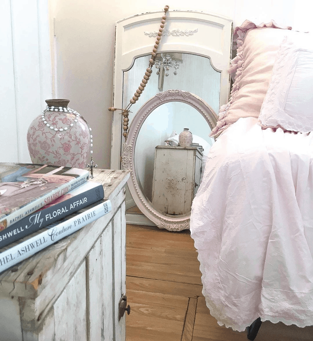 Second-Hand Love: Romantic Shabby Chic Mobile Home 4