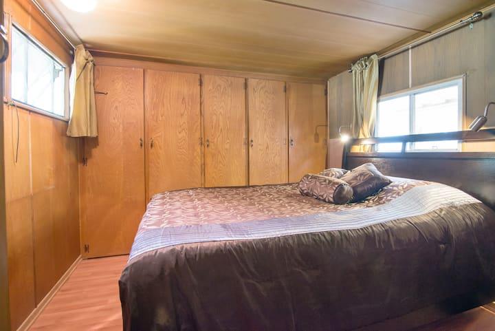 60s custom trailer bedroom