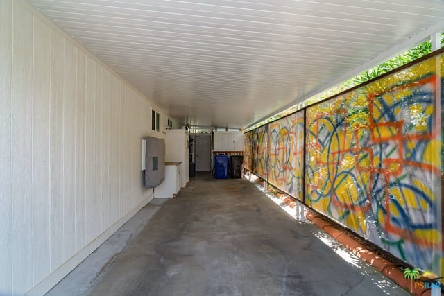 jackson pollock design on awning shade