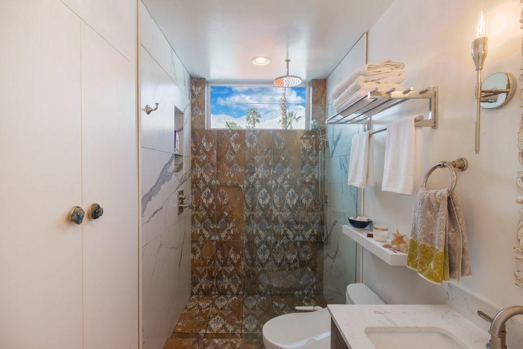 64 trailer shower