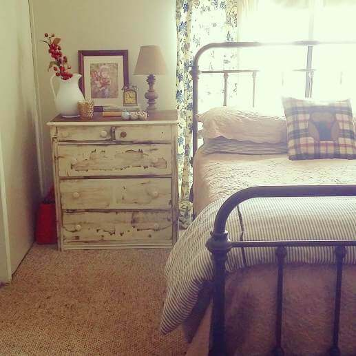 Country Cottage Manufactured Home Decorating ideas- Living Room -  second bedroom