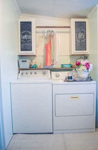 Country Cottage Manufactured Home Decorating ideas - laundry room