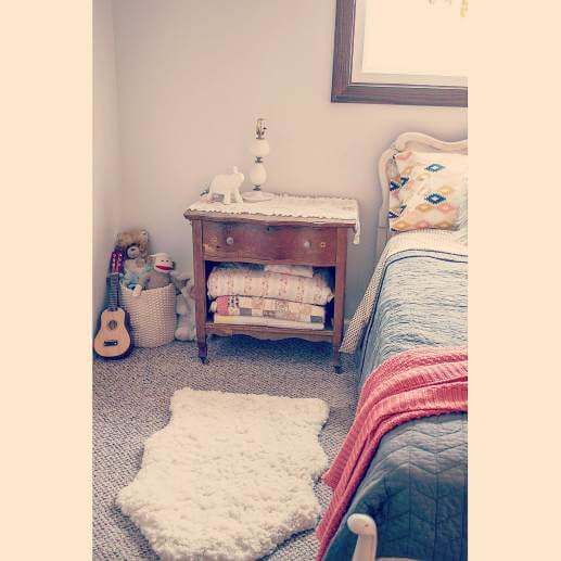 Country Cottage Manufactured Home Decorating ideas - Little Girls Bedroom 3