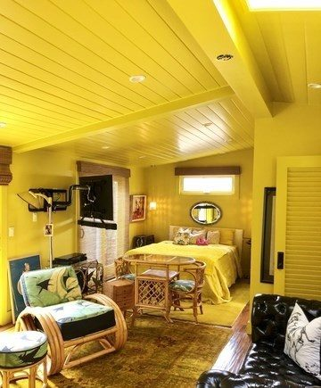 Betsy johnsons mobile home yellow bedroom copy