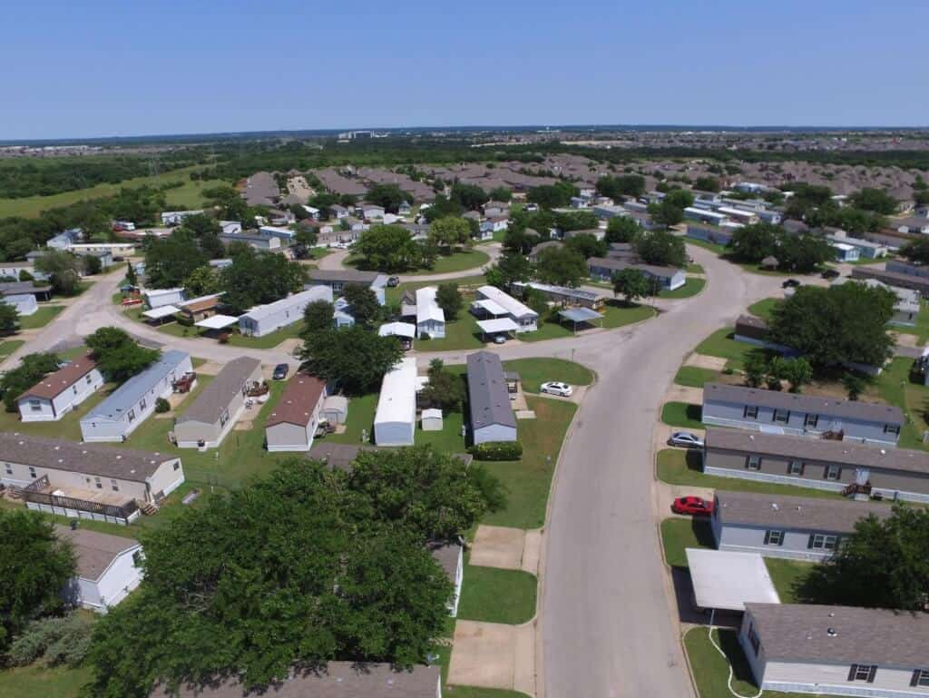 Community Living - What to Expect from a Mobile Home Community - park - manufactured home discrimination