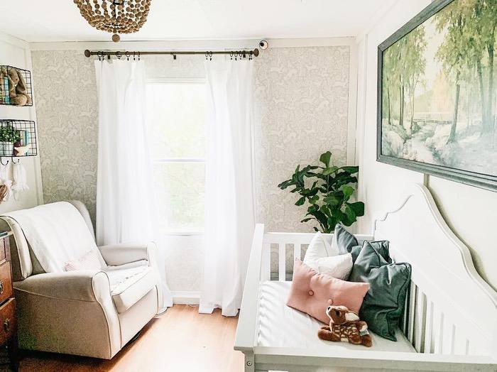 Cottage-Farmhouse-style-nursery