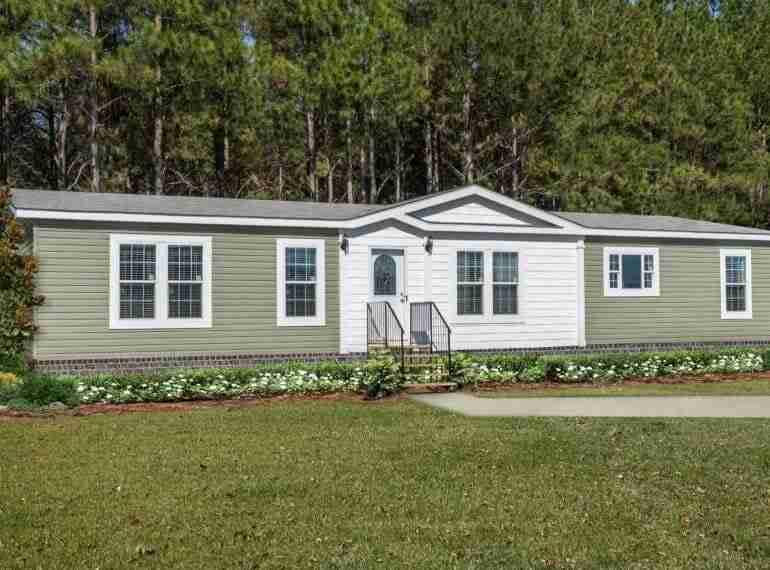 Destiny Homes New Manufactured Home MODEL E633 11541 Exterior