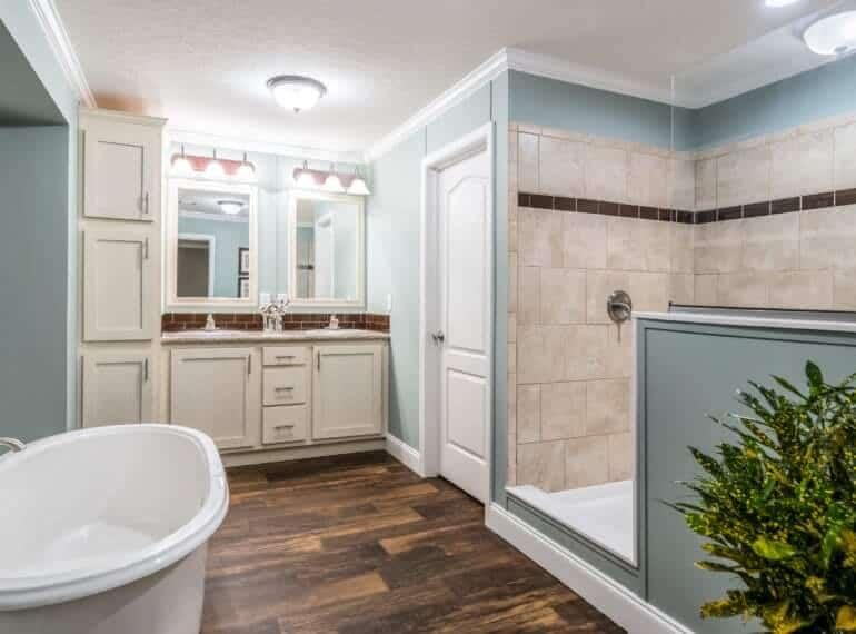 Destiny Homes New Manufactured Home M O D E L E 633 11545 Master Bath