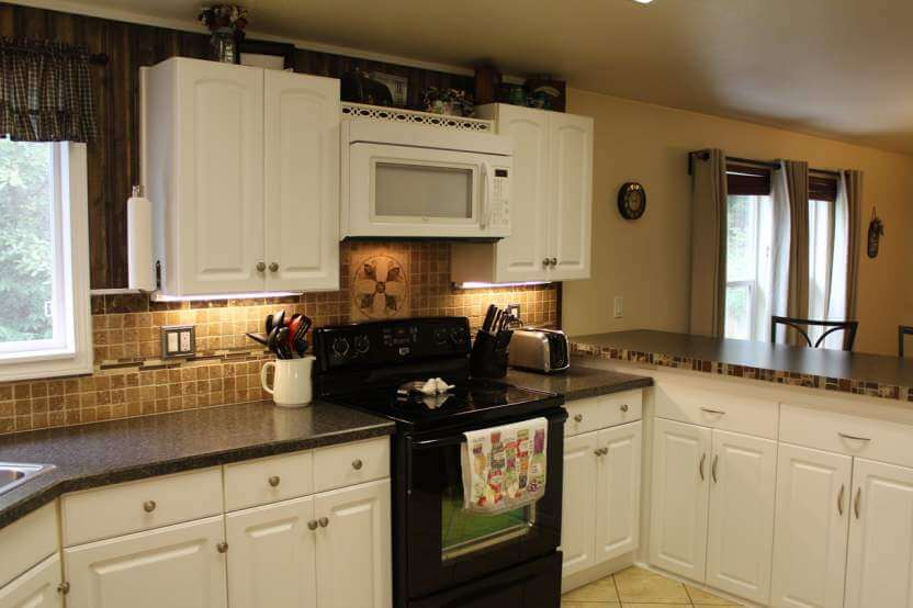 Fleetwood Manufactured Home Makeover Kitchen With Stone Backsplash
