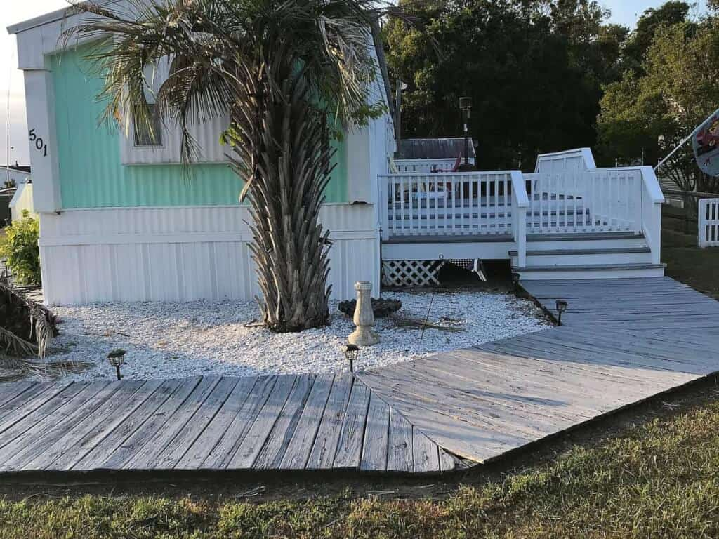 10 Questions About Mobile Home Skirting Answered