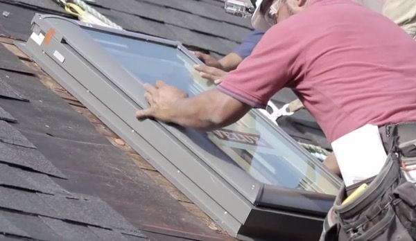 INSTALLING A NEW SKYLIGHT ON A HOME