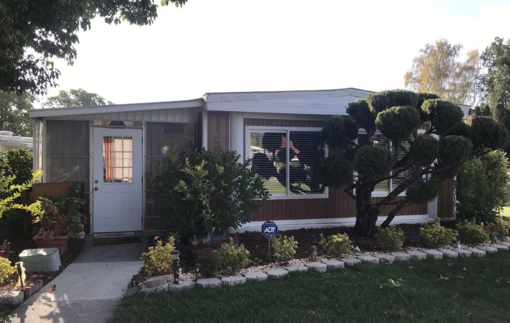 Landscaping 308 Janero Pl, Sonoma, CA mobile home carport addition