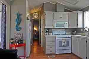 Mobile Home Renovation - After - Kitchen 2