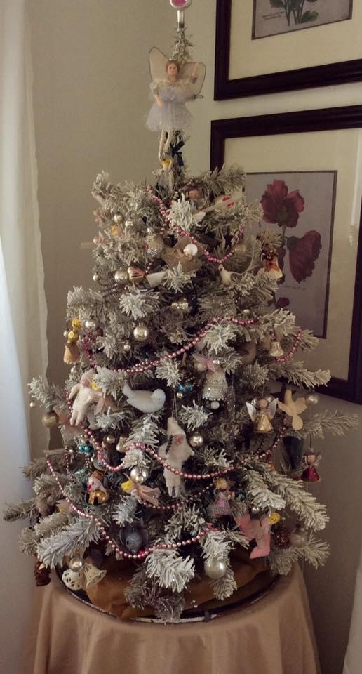 Nikki Hammack Manufactured Homes With Christmas Decor