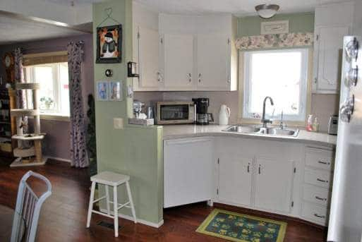 Updated kitchen in 1978 single wide