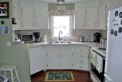 1978 Fleetwood Single Wide - updated kitchen