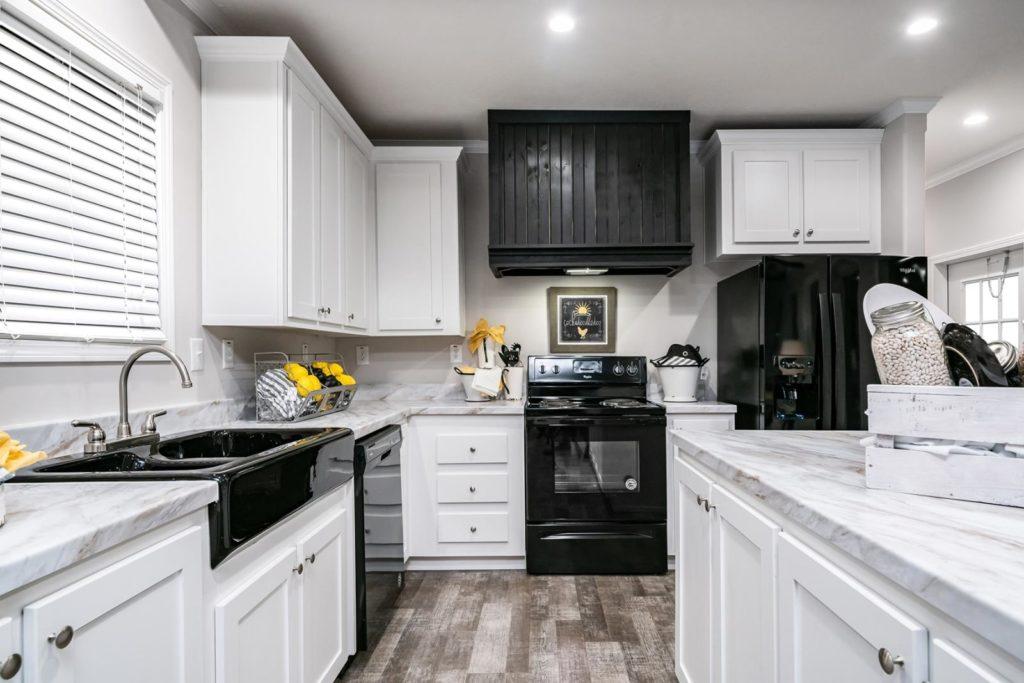Ridgecrest l e kitchen