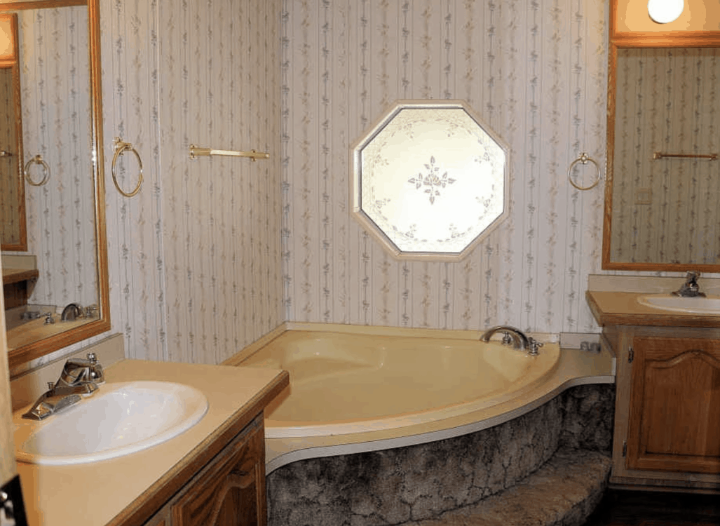 how to repair and paint yellow mobile home bathtubs