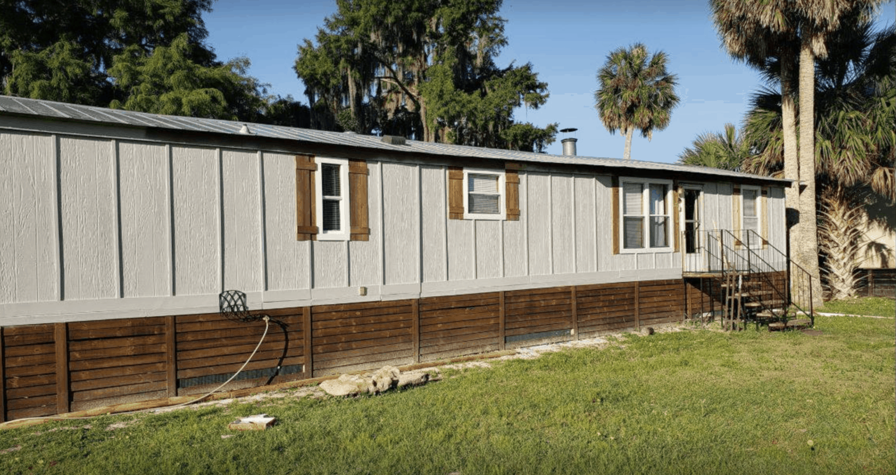 Single Wide Manufactured Home Exterior Remodeling Ideas - Siding, Underpinning4