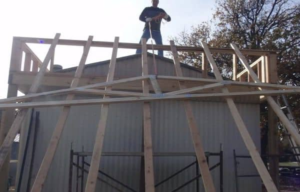 The Best Self-Supported Mobile Home Roof Over Designs 10