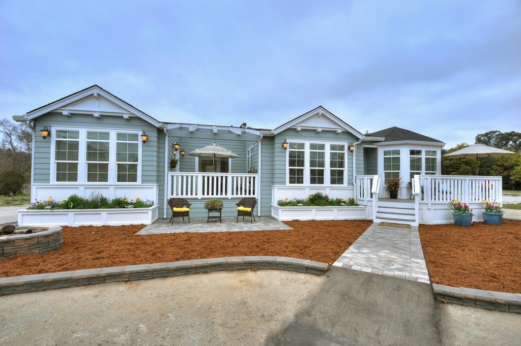 Balboa island manufactured home exterior