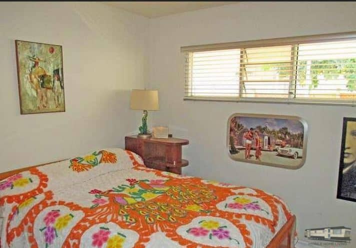 Bedroom 3 In Updated Mid Century Mobile Home In Palm Springs Copy