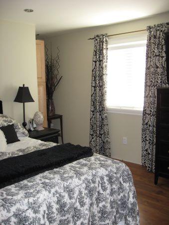 bedroom after manufactured-home-remodel