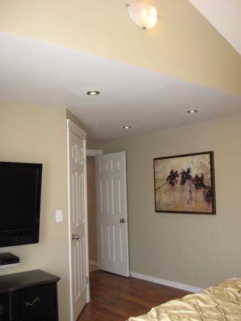 bedroom ceiling in manufactured-home-remodel-master-bedroom