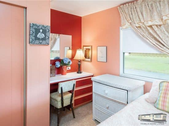 Bedrooms in mobile home blissful and cozy yellow sw in venice fl00002