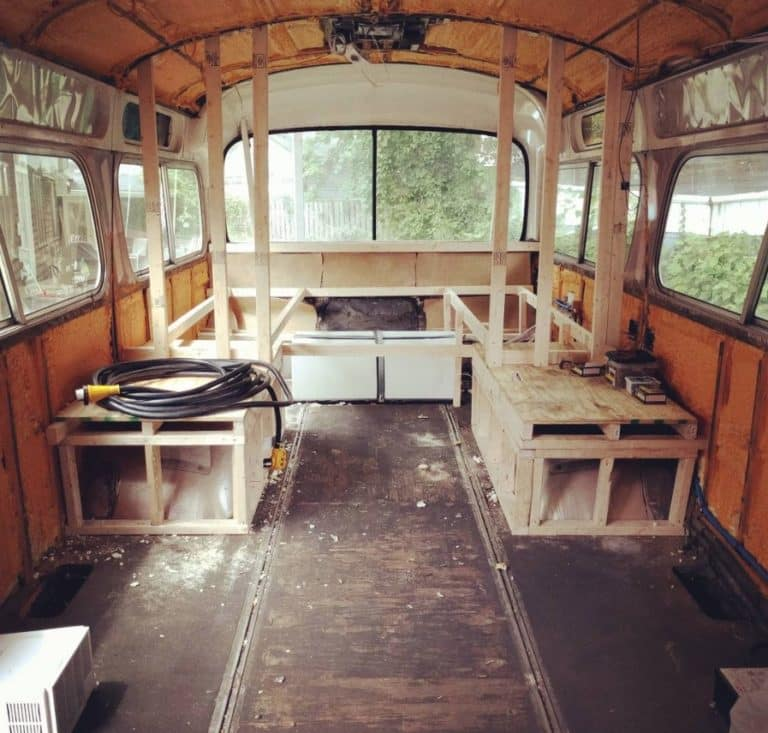 Bus conversion interior gutten