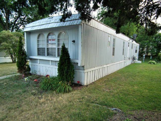 buying a pre-owned mobile home - home for sale