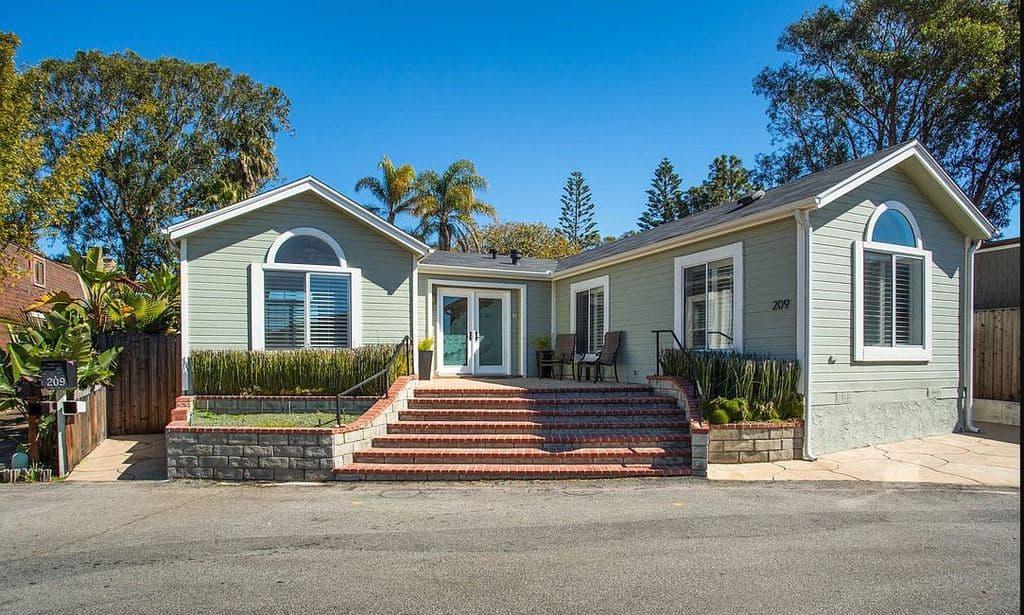 california-paradise-cove-home