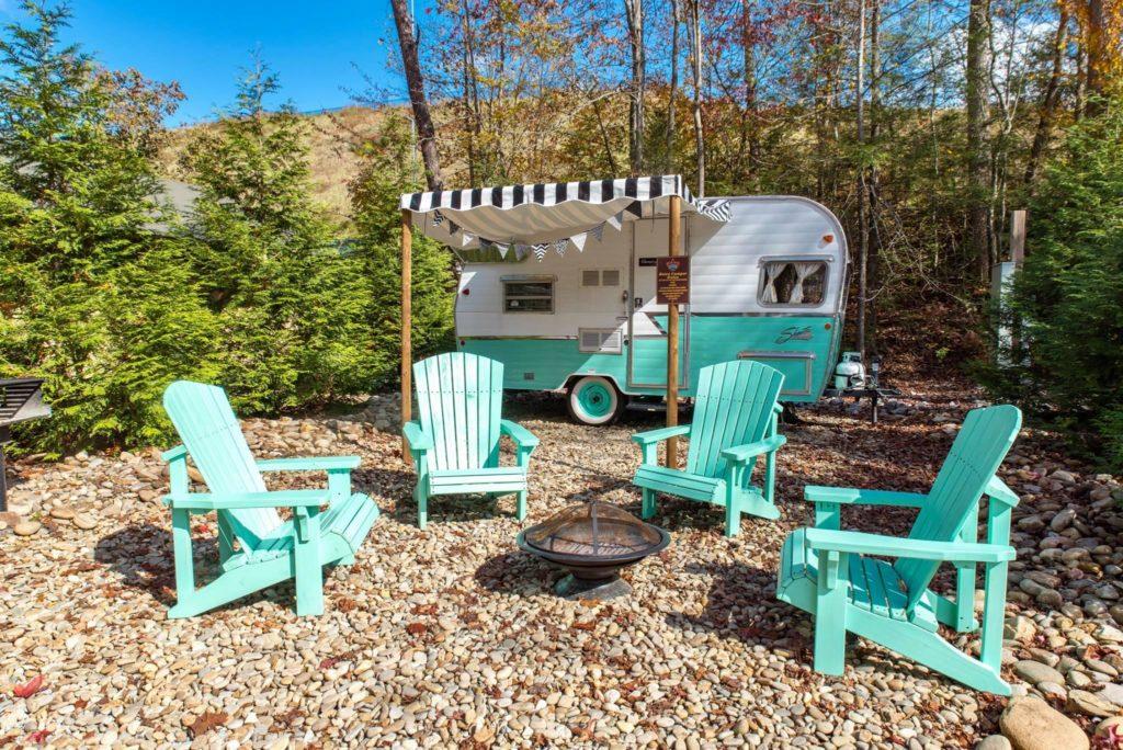 Camp leconte shasta trailer