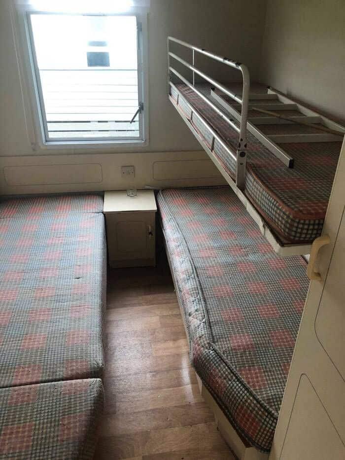 Ireland small Bedroom Bunk Beds Before