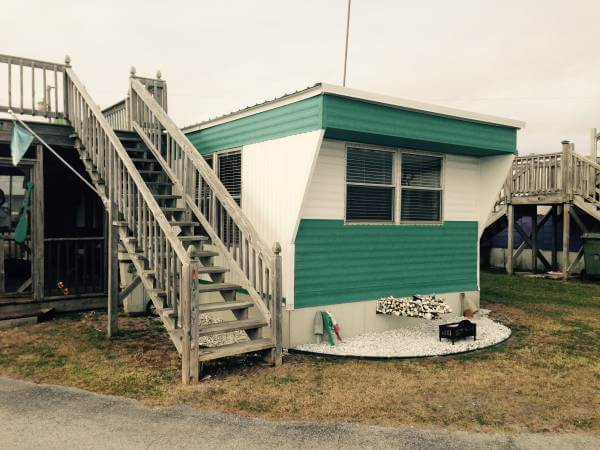 mobile home with raised deck