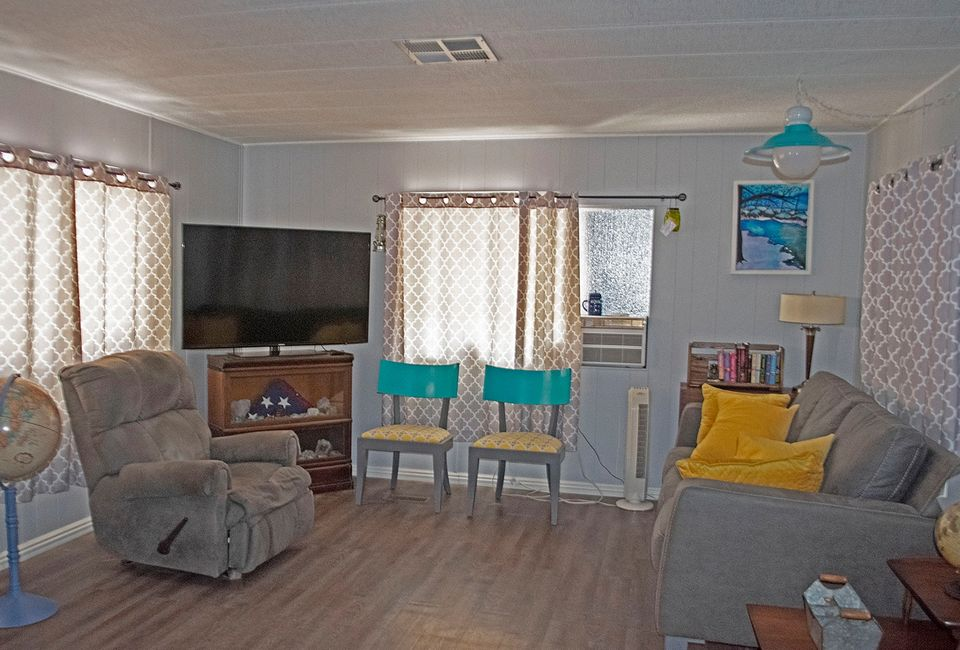 Cheap mobile home single wide living room