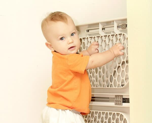 Baby Gate: childproofing and making home secure for your child