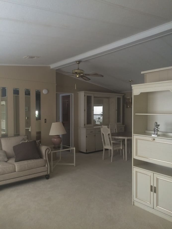 Coastal farmhouse mobile home remodel dining before 2