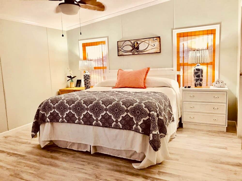 Cool Master Bedroom In 1988 Manufactured Home