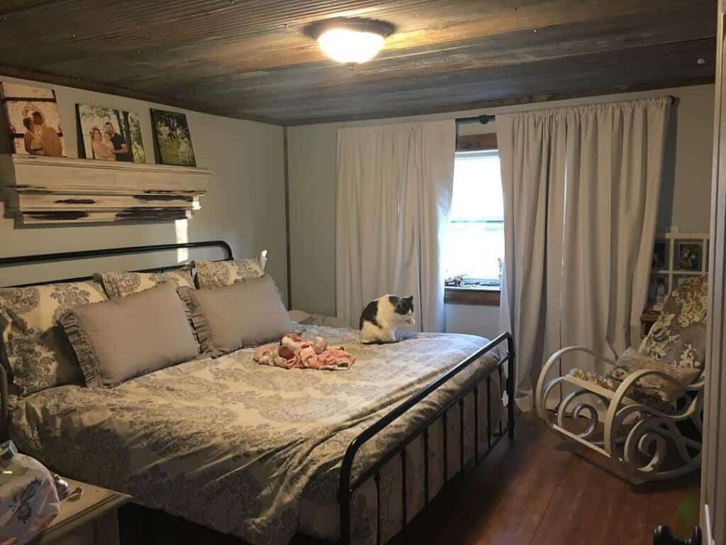 Country chic grey master bedroom