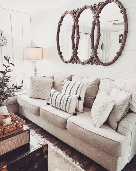 Courson cottage living room