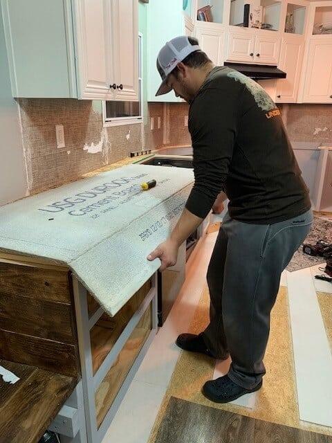 Cutting cement board