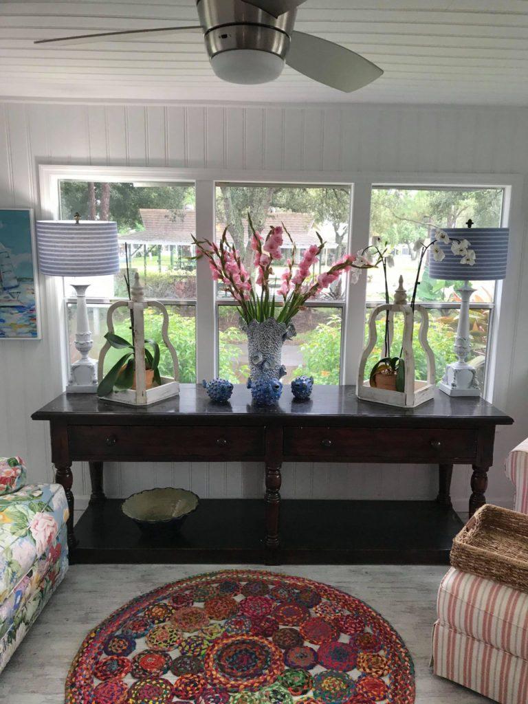 Designer mobile home sofa table