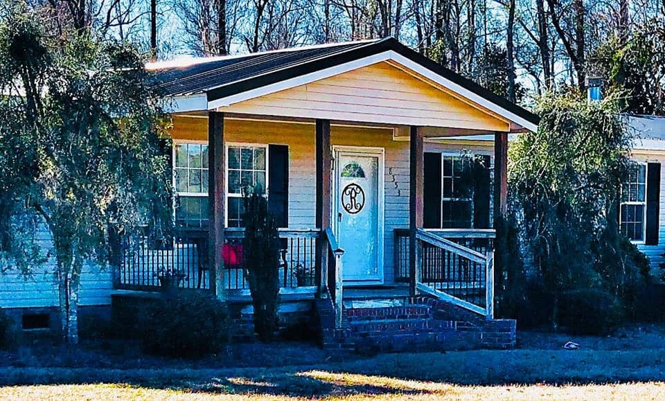 Double Wide Manufactured Home With Traditional Pitched Front Porch00002